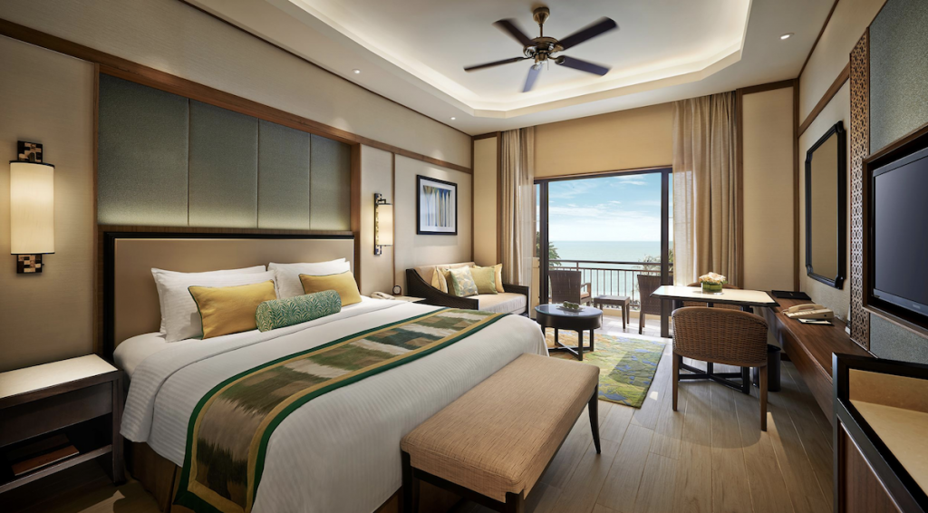 Deluxe Seaview Room, Shangri-La's Rasa Sayang Resort & Spa
